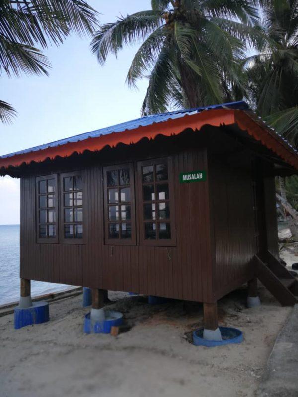 Surau Sebukang Bay Resort, Pulau Aur